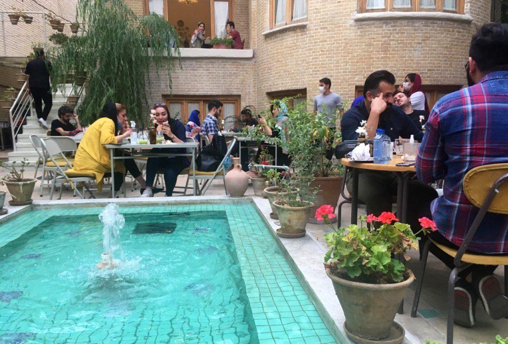 Cafe Téhéran Masques Covid19